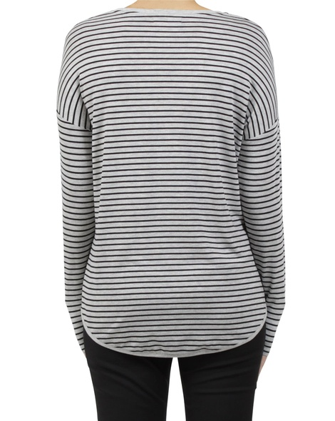 extended shoulder stripe grey B