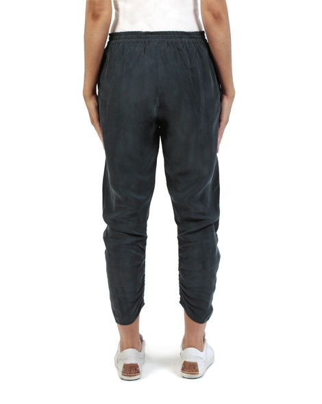 Rianna Pant navy back