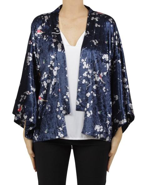 sakura kimono A