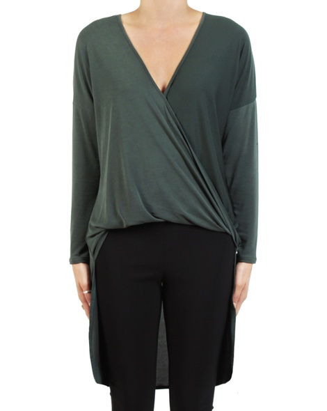 Angel longline top kale front