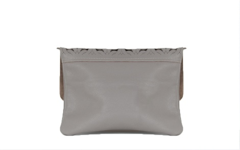 Chain Clutch Taupe B