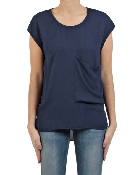 Charlie top navy front
