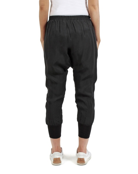Grett pant black back copy