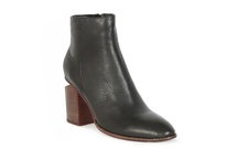 VOLA - Ankle Boot