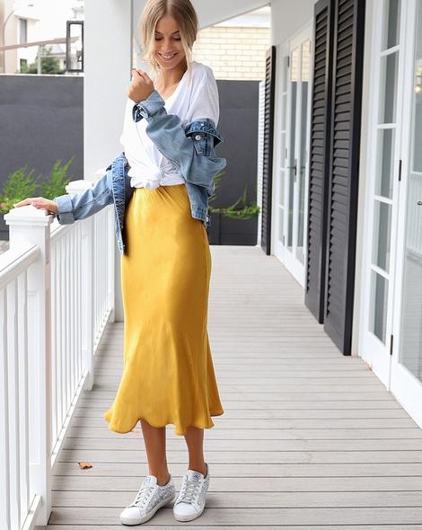 Yelena slip skirt mustard zeus tee sol denim jacket (2)