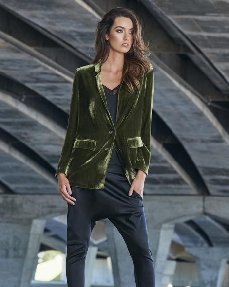 Silk velver blazer moss campaign