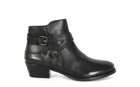 Heel black right