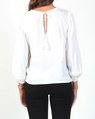 Whisper top white B