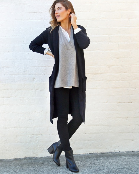 Serafina top + Leona vest grey + oslo black cardigan (27)
