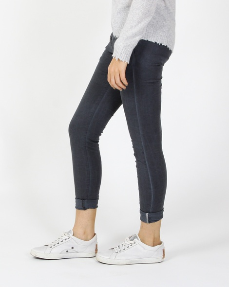 Mimosa jean charcoal C