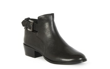 HAKE - Low Heel Ankle Boot